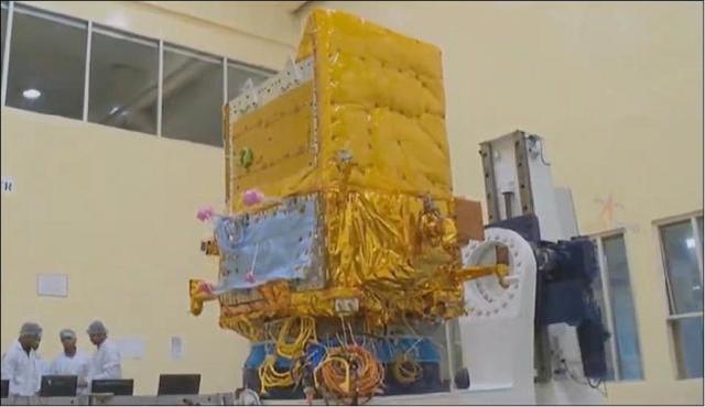 印媒自豪宣布:印度间谍卫星拍到解放军边境及海外军力部署情况