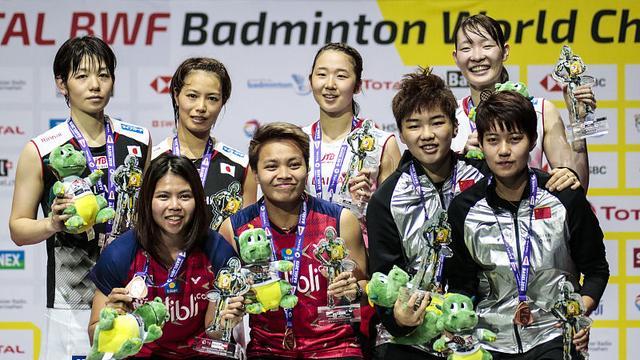 松本麻佑/永原和可那获胜,卫冕女双冠军,日本队包揽女双金银牌