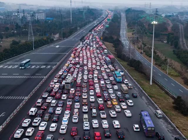 高速拥堵免费莫成延长收费期借口(图)-拥堵,收费站,... -主页管理