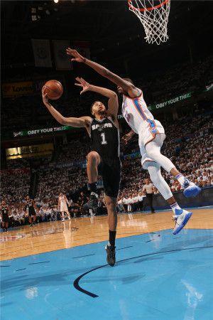 NBA現役5大「地板流」:前4人是技術地板流,最後1人是真的腳不離地!-籃球圈