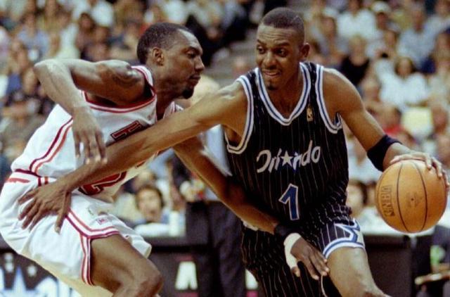 NBA要穿上1號球衣八字必須夠重才行