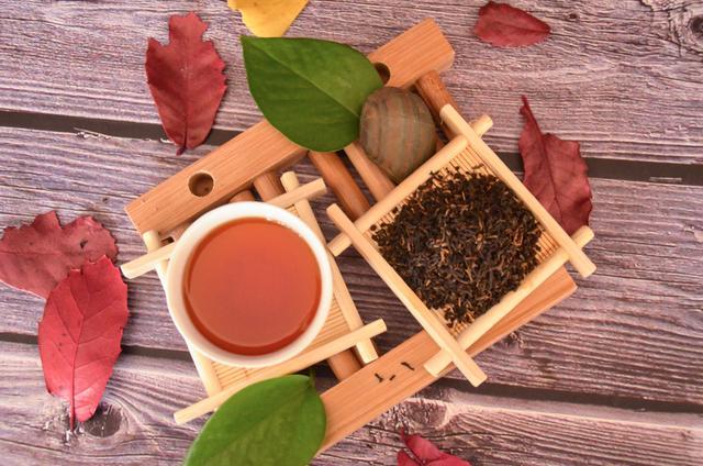 红茶拿铁-百科
