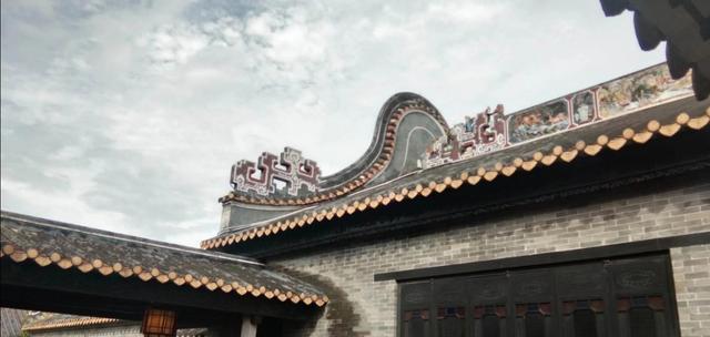曾祥裕风水团队走访番禺沙湾古镇   祠堂古屋彰显岭南建筑太美