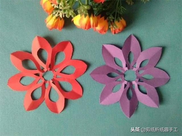 分享八瓣窗花剪纸手工,超级简单漂亮,小朋友也能学会