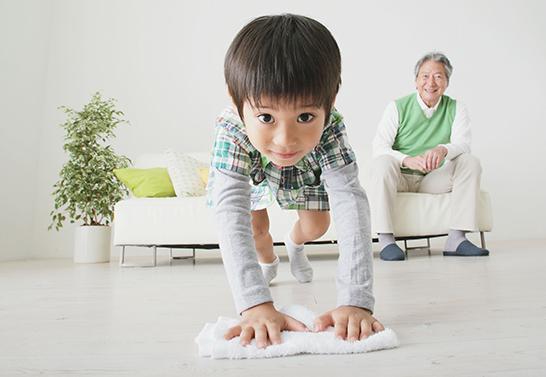 """和孩子朝夕相处太难?建议父母做到""""三个三"""""""