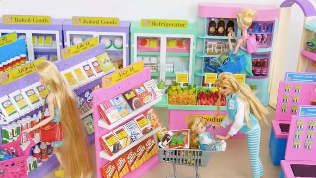 芭比娃娃超市过家家玩具装扮,模拟带女儿推购物车在超市扫货