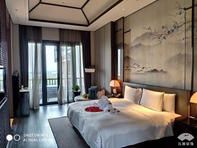 """这家白金五星级酒店大堂确实漂亮,高端奢华,对得起""""白金""""两字"""