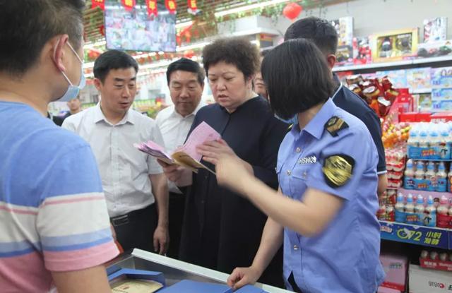 省市场监管局副局长姜敏来延调研食品安全工作