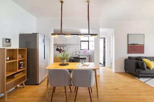 80平两居案列装修效果图,简约舒适风设计,邻居都夸不错呢