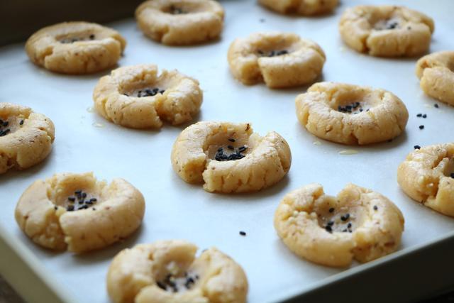 傳統中式糕點,現在有了更健康的做法,口感香脆解饞,更好吃