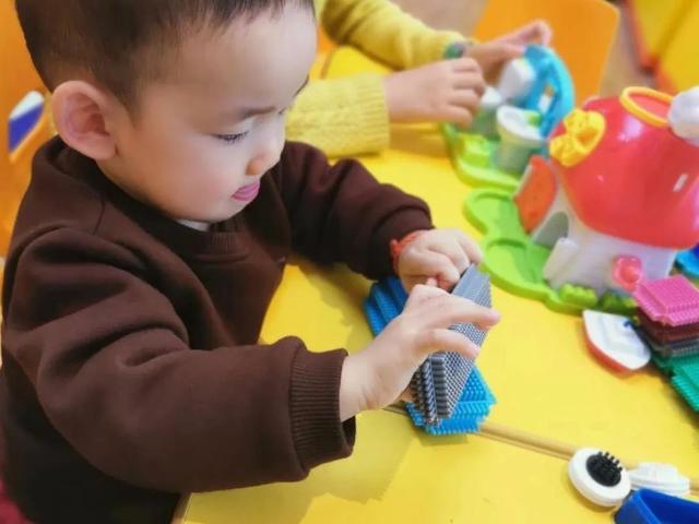 小步在家:从0个月宝宝做起的早教生意,真的靠谱?