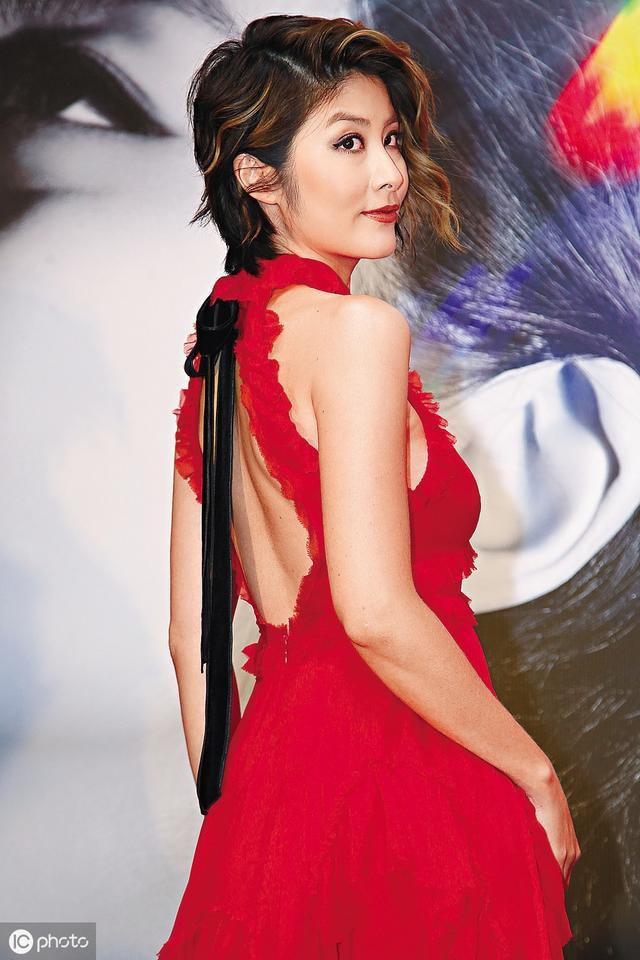 陈慧琳,露背装真迷人