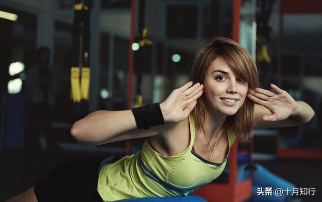 宅家來練背,徒手動作,解決頸部酸痛改善不良體態,讓身姿更挺拔