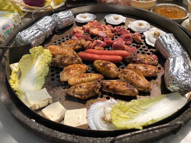 郑州近郊最适合露天烧烤的地方,边吃边聊边喝啤酒,还能打真人CS