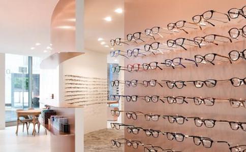 专题一:眼镜店如何选址?位置开在哪里好?注意4大技巧要素分析