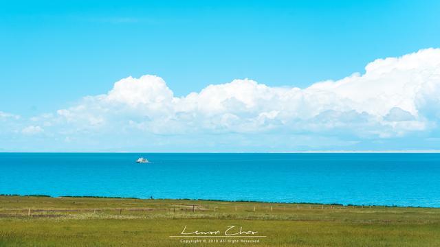 中国又出现一个天空之镜,离茶卡盐湖5公里,人少景美如同漫画