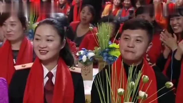 赵四母亲这么年轻!赵四扮演者刘小光的母亲和儿子刘程拍的段子!