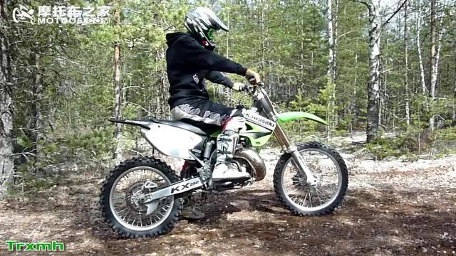 川崎越野摩托车