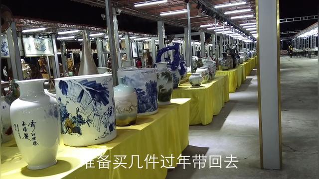 建议每个户主:客厅不管多大,这些陶瓷摆件不要少