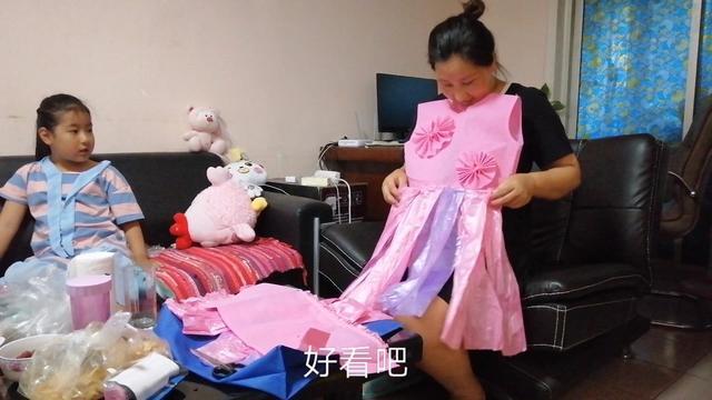 自制六一儿童节的环保时装秀服装,好看好玩又环保!