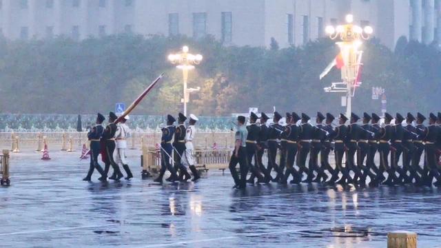 【超燃/全程】国庆升旗仪式/解放军三军仪仗队首次... -bilibili