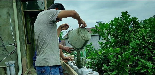 阳台瓷瓶柱安装时用不用泡水?