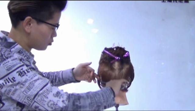 柔美女生流行发型剪发教程,不连接组合剪发技巧