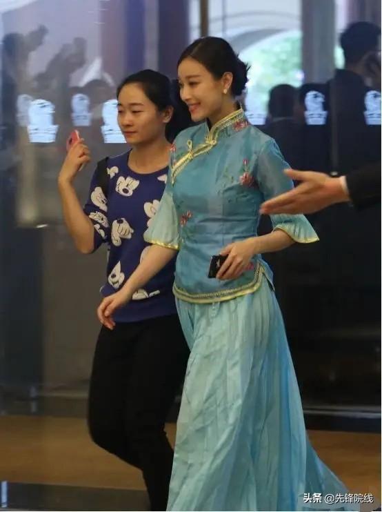 盘点圈内女星结婚伴娘服,杨颖丑到上热搜,刘诗诗很用心 