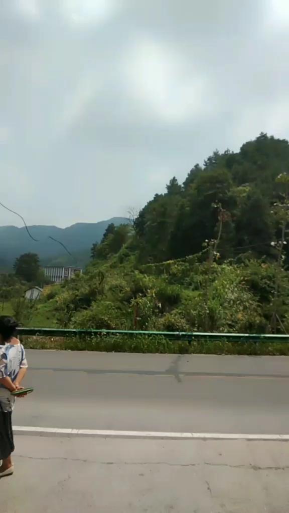 宁乡沩山的橡皮艇漂流