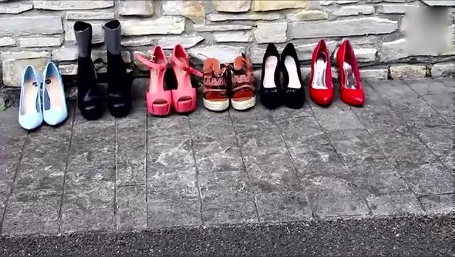 时尚穿搭展示-美女带你一次试穿十几款各式漂亮高跟鞋