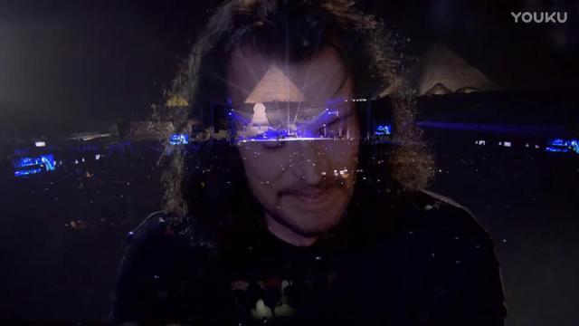 希腊新世纪配乐大师/2011莫罗城堡音乐会--Yanni(雅尼)