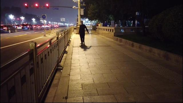北京大剧院夜景图片