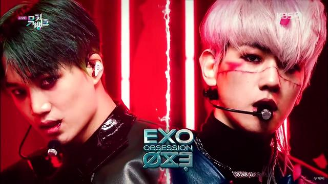 EXO新歌《Obsession》 舞台混剪版!一键换装的爱网球 超酷炫!