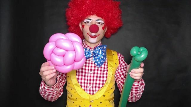 编气球教程玫瑰花_做气球教程_魔术气球怎么折