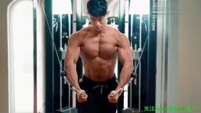亚洲肌肉猛男,身材健壮肌肉结实,应该是你理想的老公