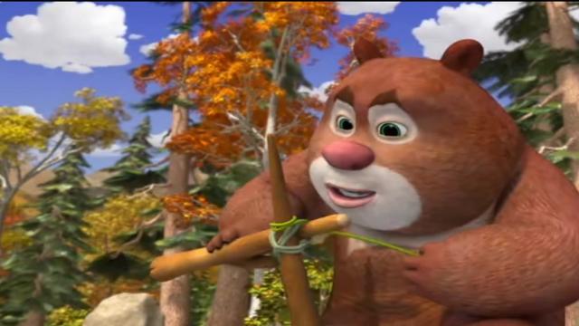 熊大熊二卖萌起来,实在是太可爱了!