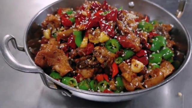 最正宗四川干锅鸡的做法_美食制作_天下美食_食品科技网