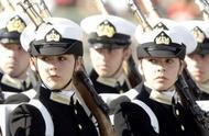 全球各国女兵阅兵上的风姿:中国女兵方队值得敬佩