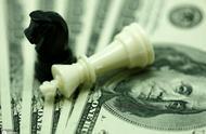 【时隔两年,日本反超中国成美国最大债权国】据观察者网报道,当地时间8月15日,美国财政部公布今年6月的国际资本流动(TIC)数据。当月,中国持有美国国债环比增加23亿美元,为连续三个月减持后的首次增持