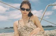 最放飞自我的度假风!Jennie泫雅同穿豹纹裙,钟楚曦海岛变秀场
