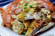 秋天吃螃蟹的好时节,这种吃法不常见,鲜香滑嫩,上桌连渣都不剩