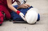 最高院:工伤事故中,职工收到第三人赔偿后仍可申请工伤保险补偿