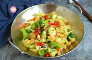 少油健康的干锅花菜跟我做,不煎不炸更健康,味道不输饭店