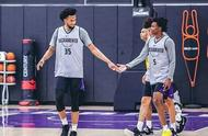 好事还是坏事?2018年榜眼退出美国男篮,库兹马提前锁定名额?
