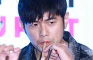 周杰伦新歌发布,MV女主在奶茶店打工,他真的是对奶茶爱的深沉