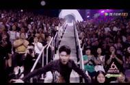 张大大摔了,网友:看他穿的鞋唉真的是