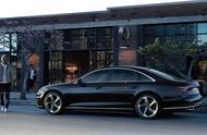 奥迪A8 推Plus增配又降价让您还徘徊宝马7系和奔驰S三款车选谁?