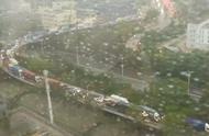 下班时间又碰上暴雨!深圳全市进入暴雨防御状态