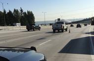 I-5高速车祸 卡车司机被自己的卡车撞死