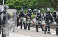 香港警方:昨日拘捕17人,涉嫌侮辱国旗、纵火等